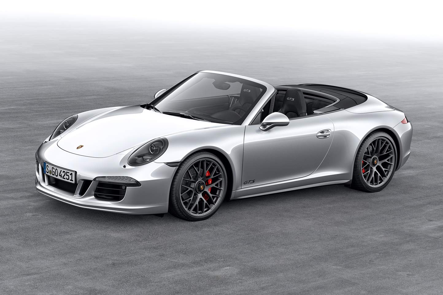 2019 porsche 911 carrera gts cabriolet car photos catalog 2018. Black Bedroom Furniture Sets. Home Design Ideas