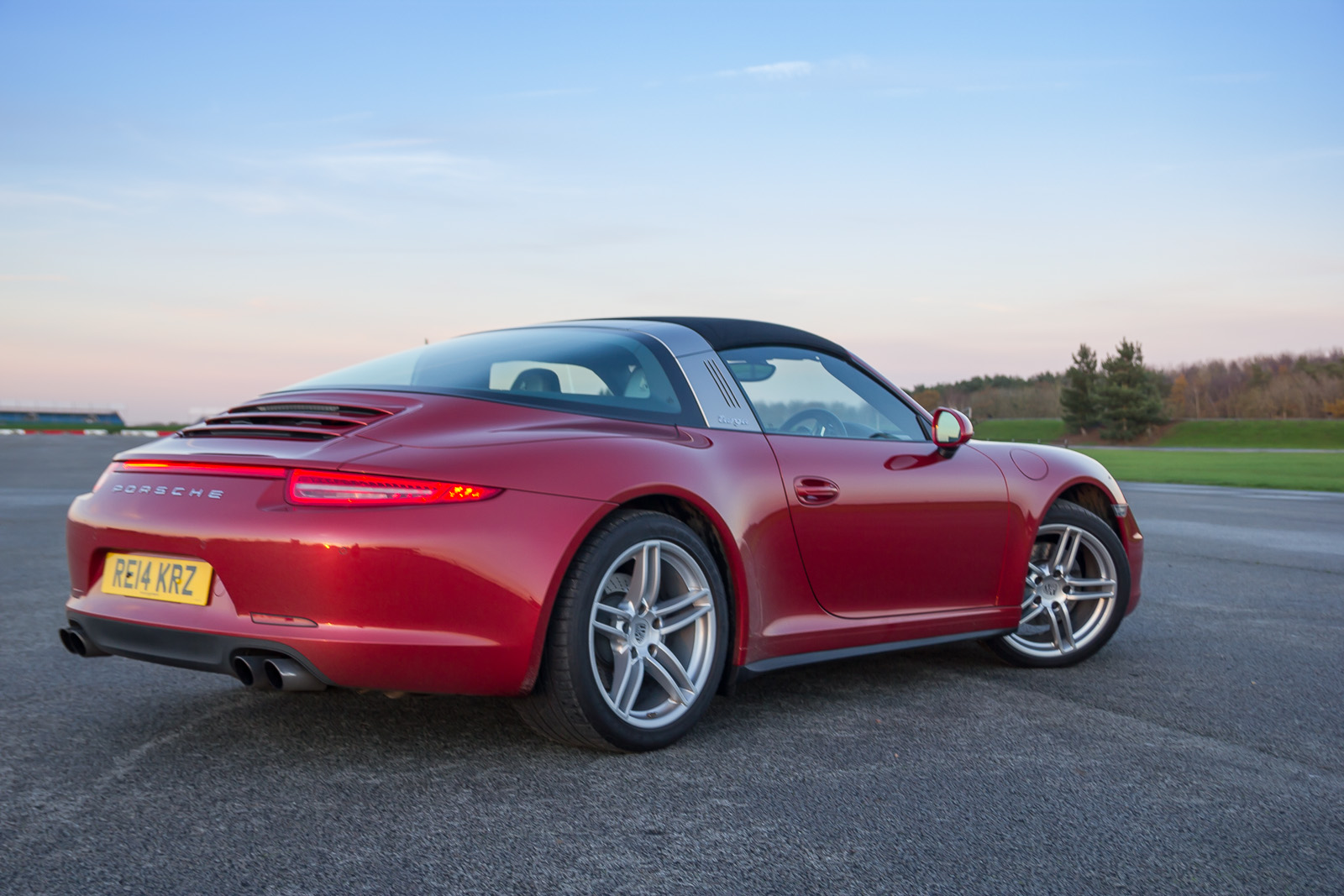 2019 Porsche 911 Targa 4 photo - 1