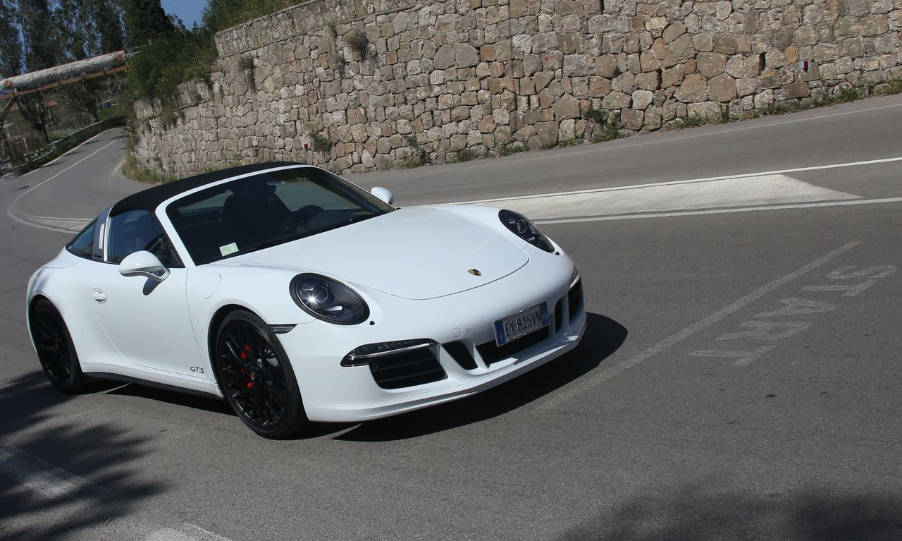 2019 Porsche 911 Targa 4 GTS photo - 6