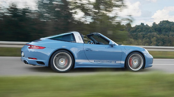 2019 Porsche 911 Targa photo - 4