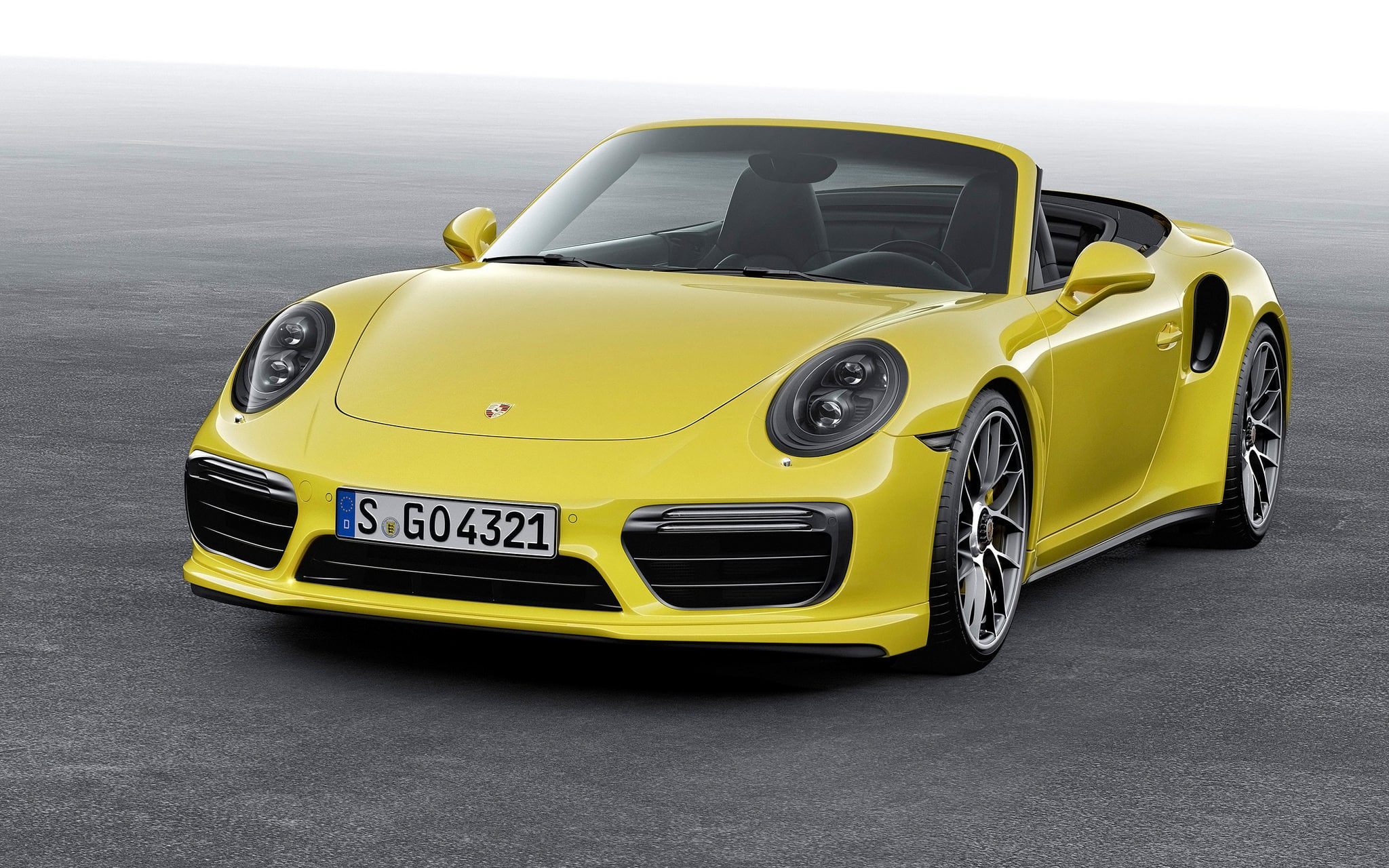 2019 Porsche 911 Turbo Cabriolet photo - 2
