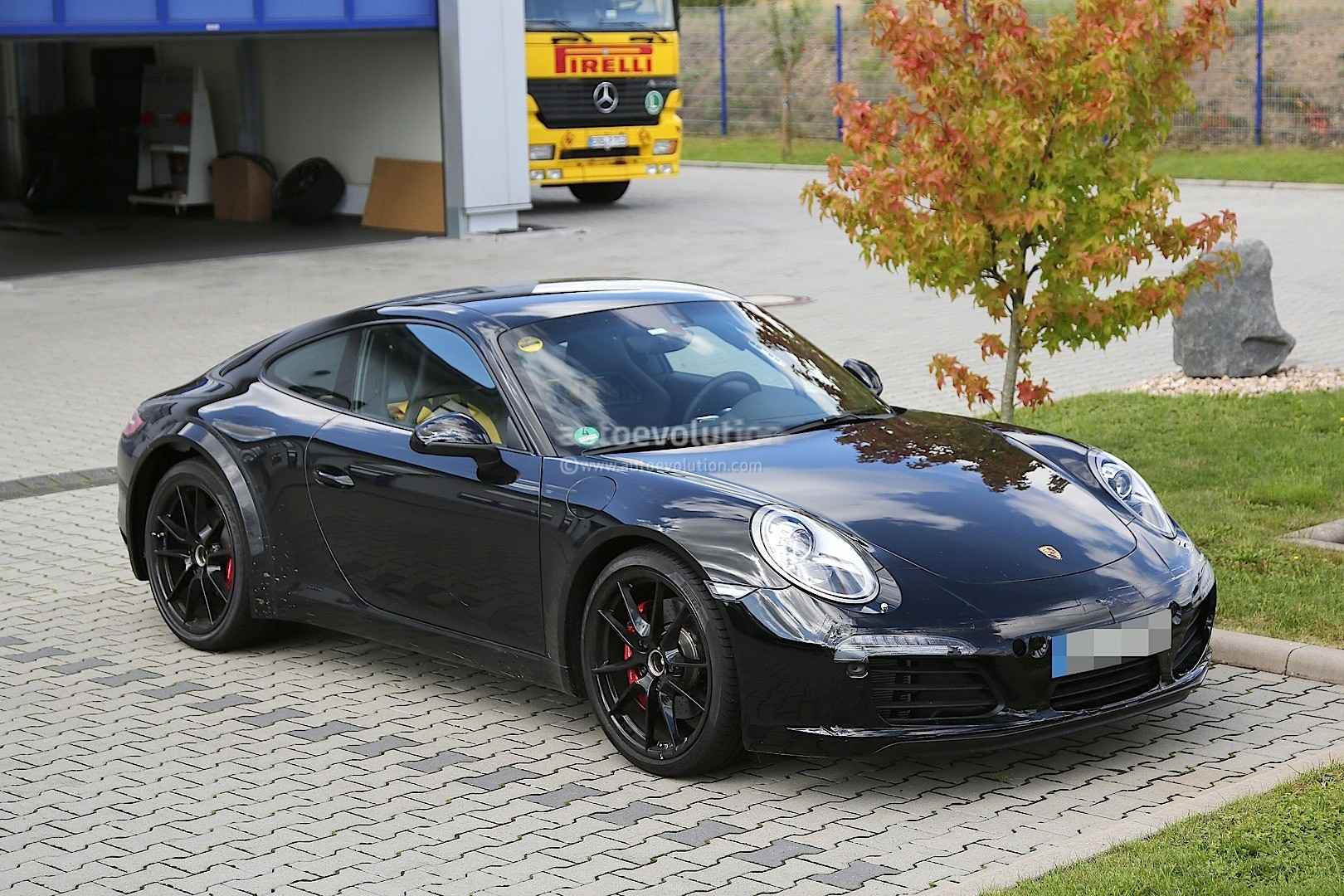 2019 Porsche 911 Turbo Cabriolet photo - 6