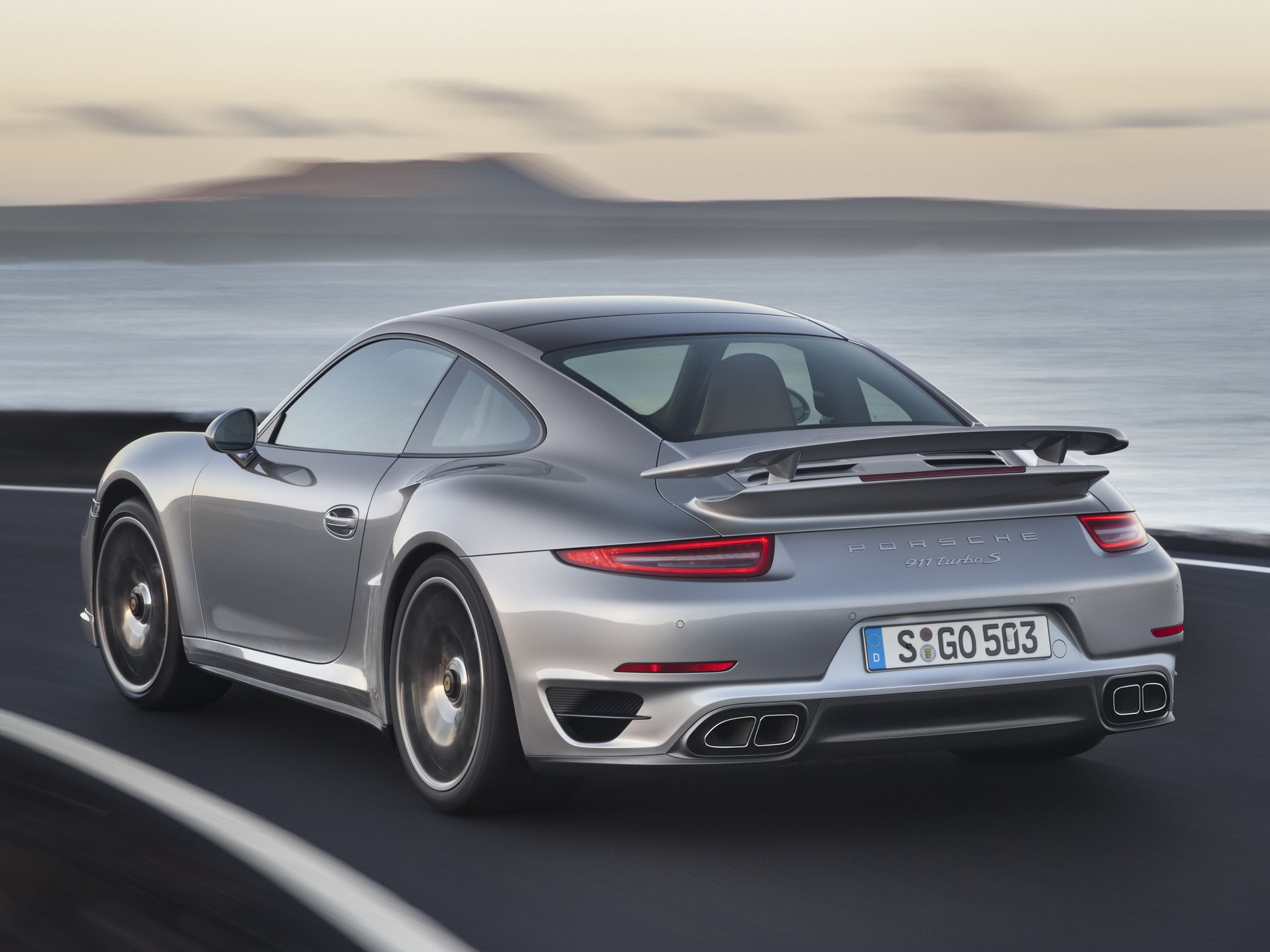 2019 Porsche 911 Turbo Coupe photo - 2