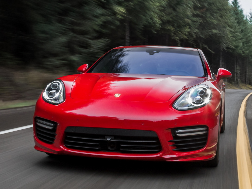 2019 Porsche Panamera Diesel photo - 3