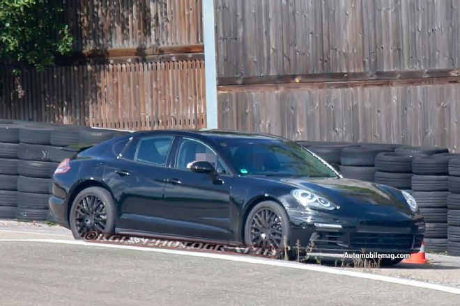 2019 Porsche Panamera Diesel photo - 5
