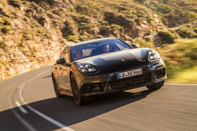 2019 Porsche Panamera Diesel photo - 6