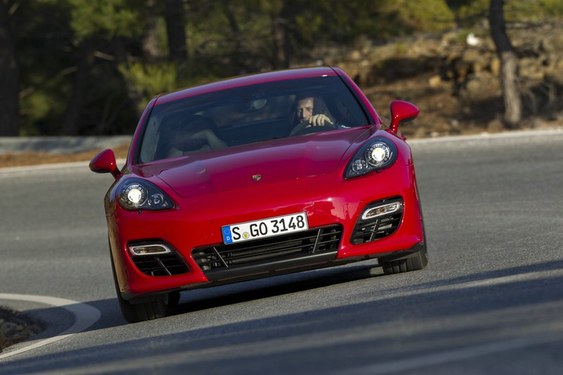 2019 Porsche Panamera Gts Car Photos Catalog 2018