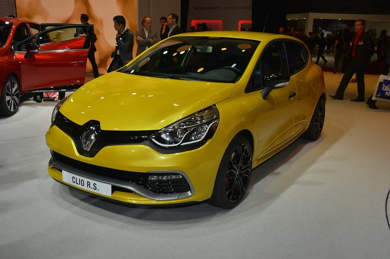 2019 Renault Clio RS 200 photo - 1