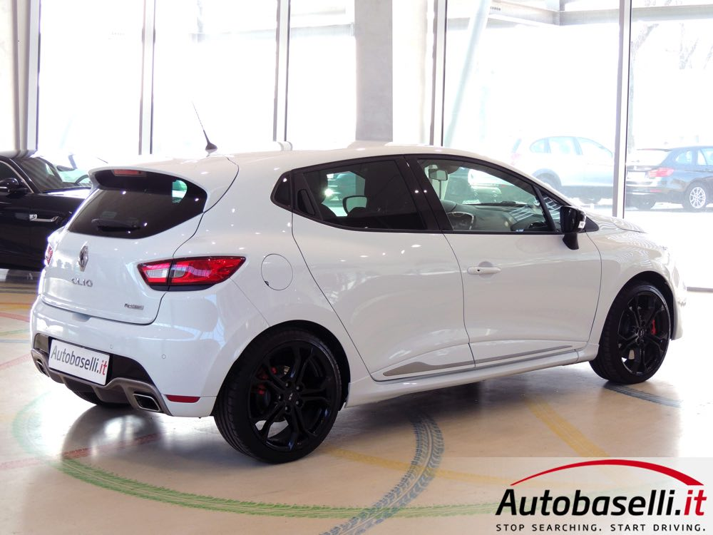 2019 Renault Clio RS photo - 4