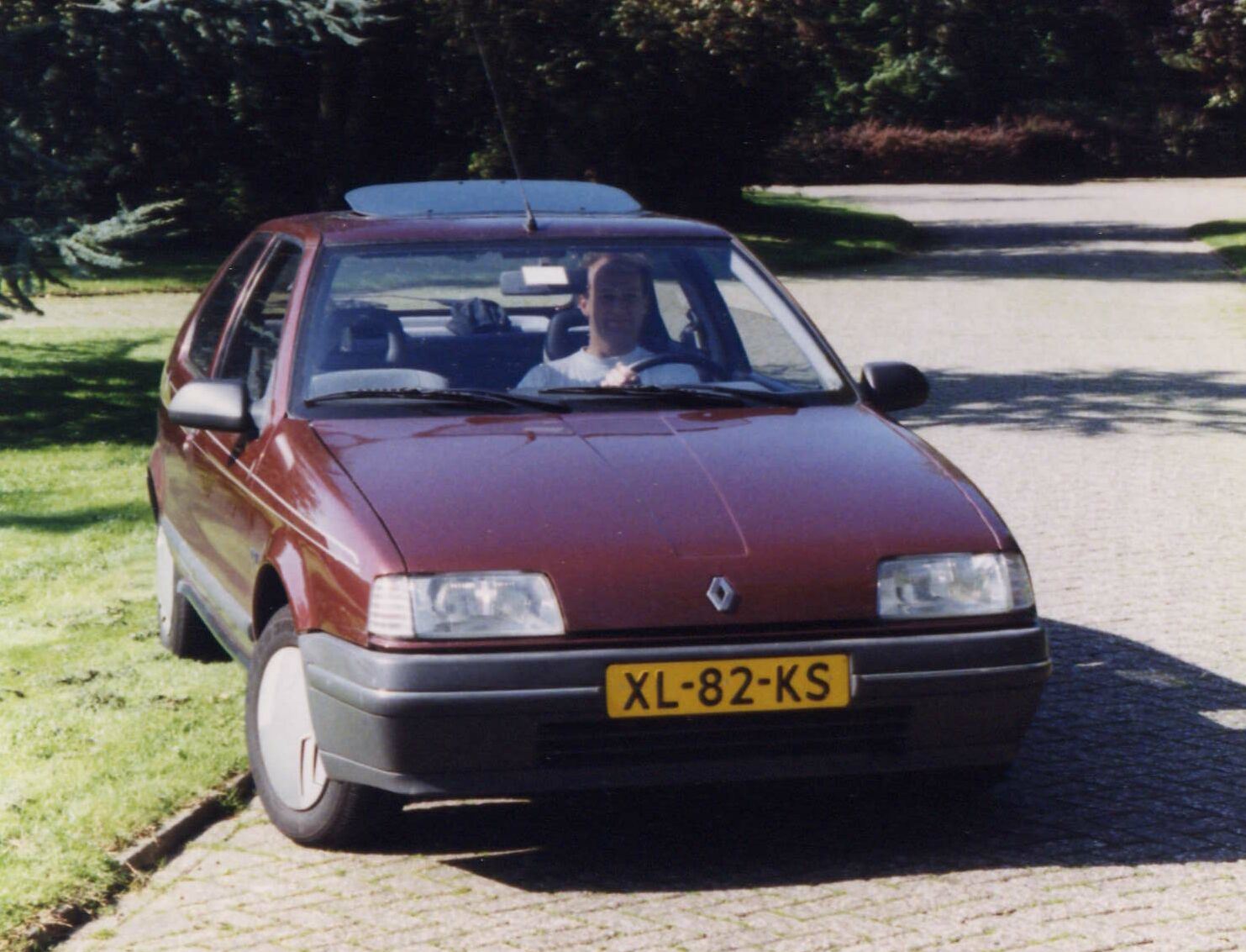 2019 Renault Fuego Turbo photo - 1