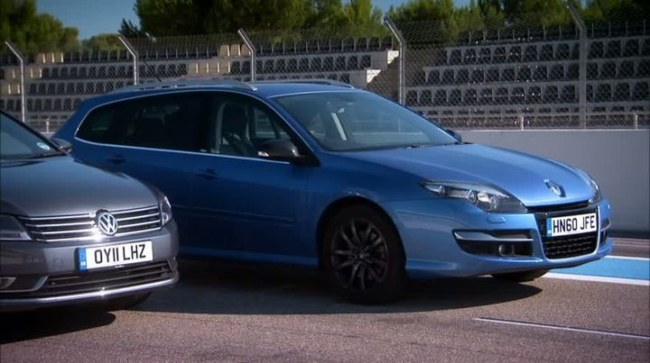 2019 Renault Laguna GT Estate photo - 3