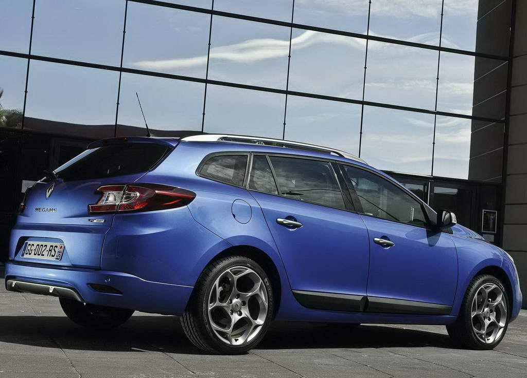 2019 Renault Megane Estate GT photo - 1