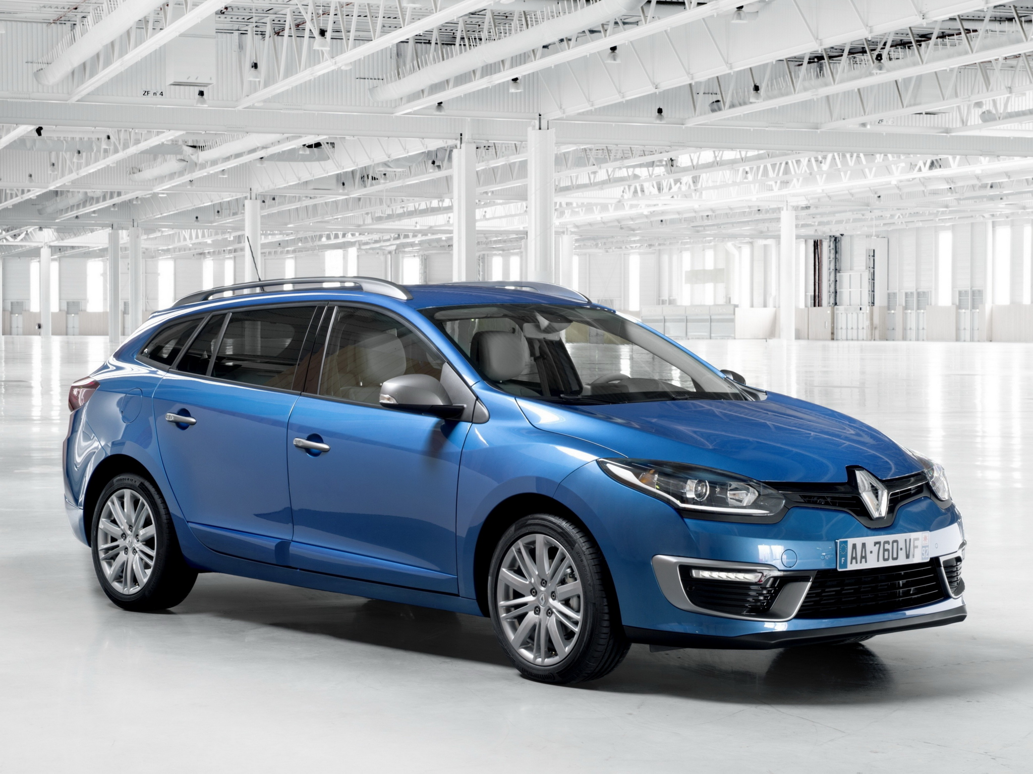 2019 Renault Megane Estate GT photo - 4