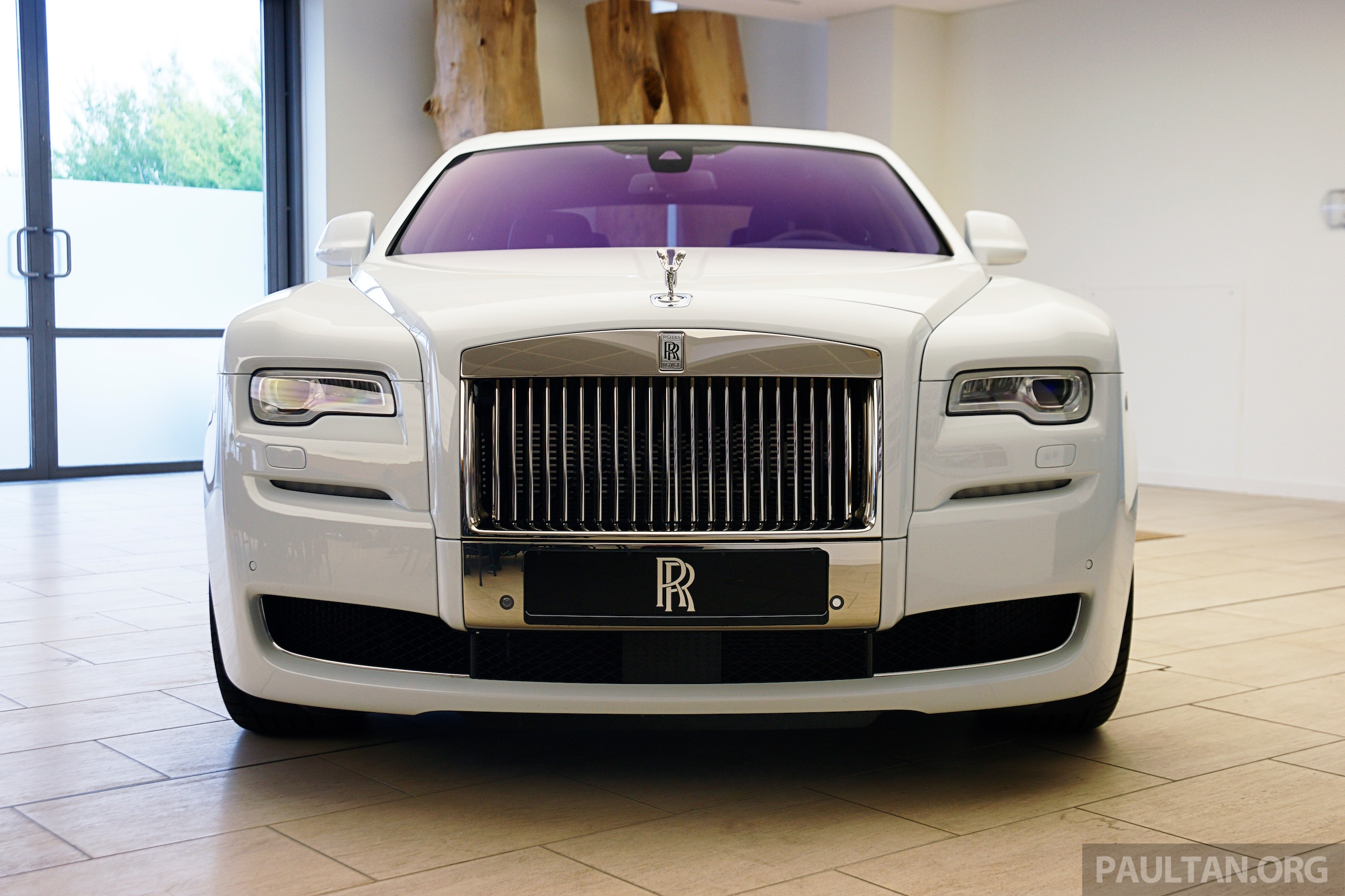 2019 Rolls Royce Ghost Series II photo - 6