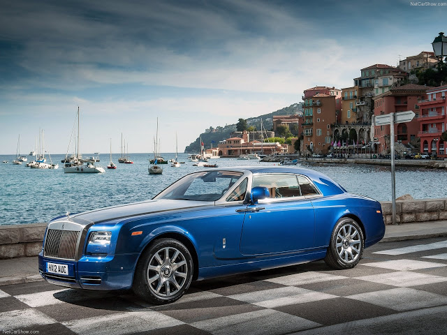 2019 Rolls Royce Phantom Coupe photo - 2