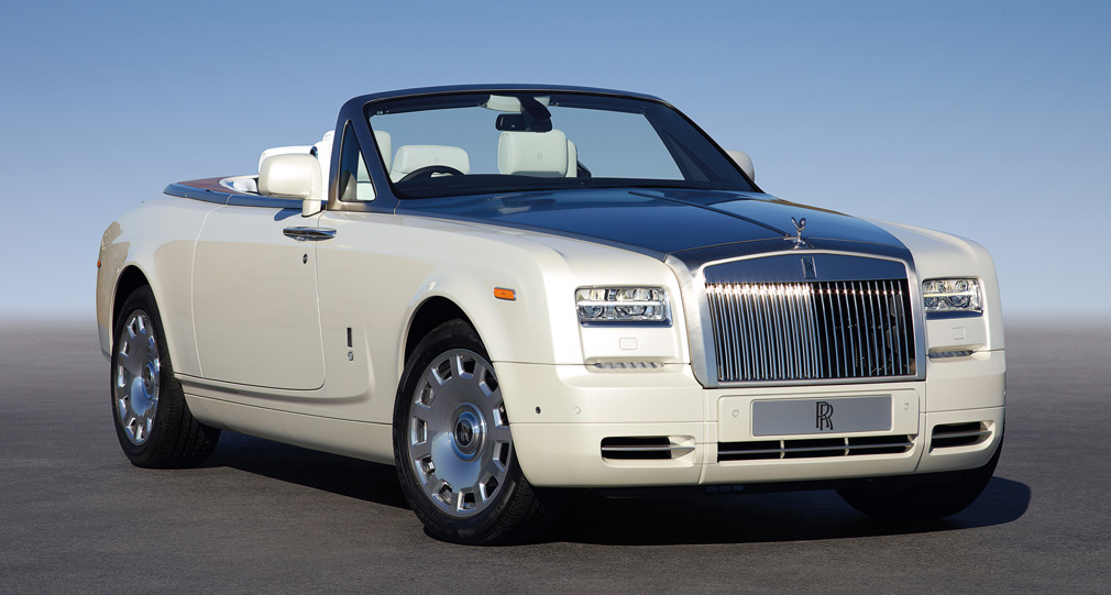 2019 Rolls Royce Phantom Coupe photo - 3