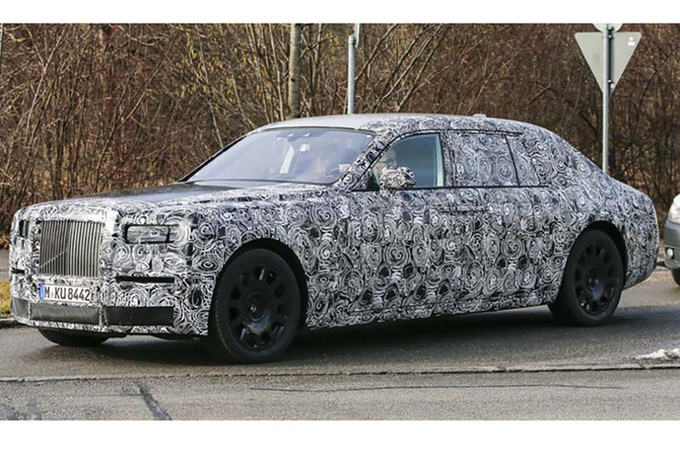 2019 Rolls Royce Phantom Silver photo - 6