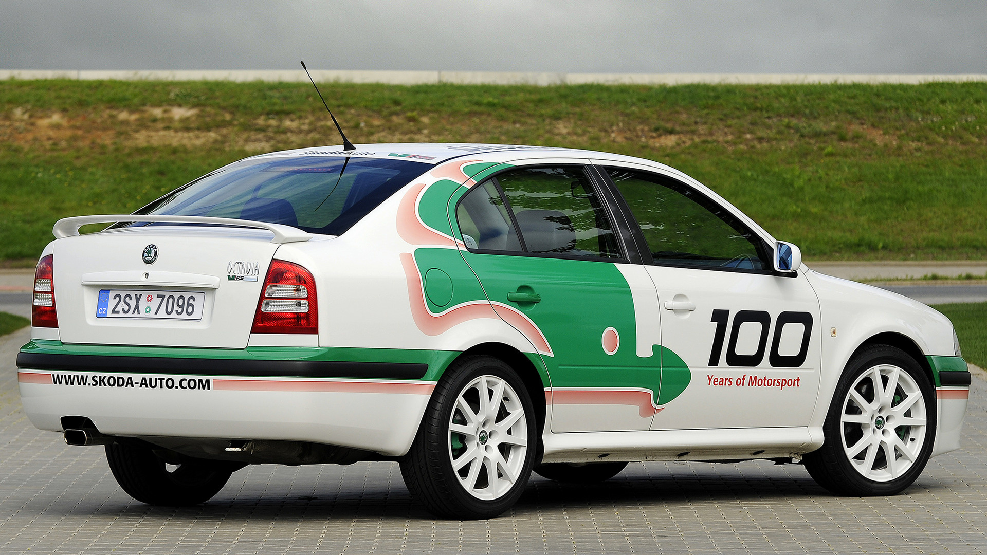 2019 Skoda Octavia RS WRC Limited Edition photo - 3