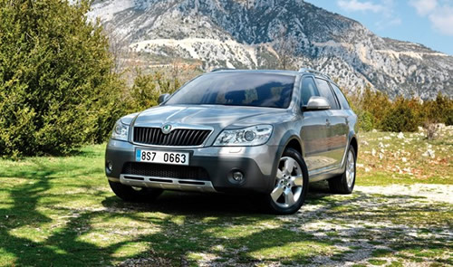2019 Skoda Octavia Scout photo - 1