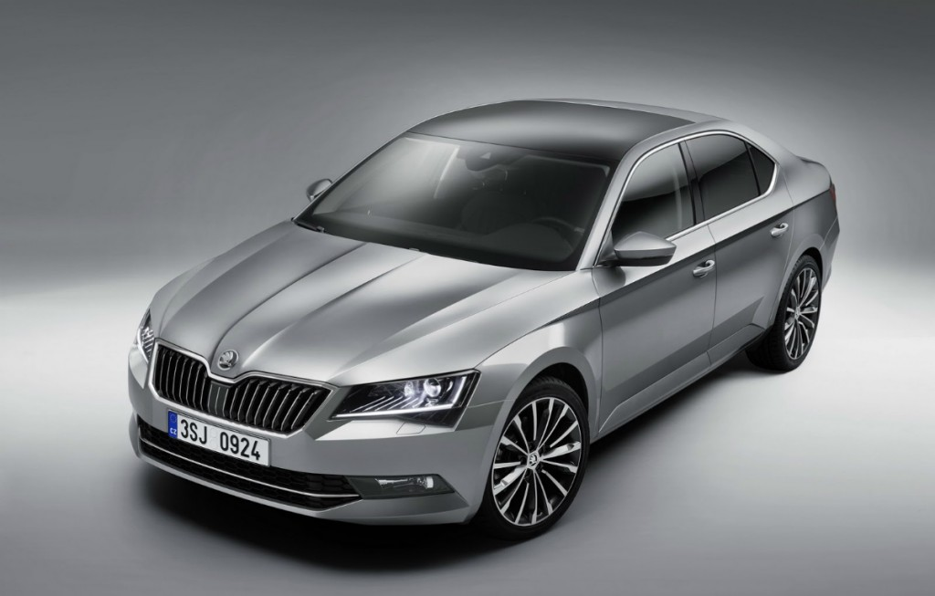 2019 Skoda Superb photo - 3