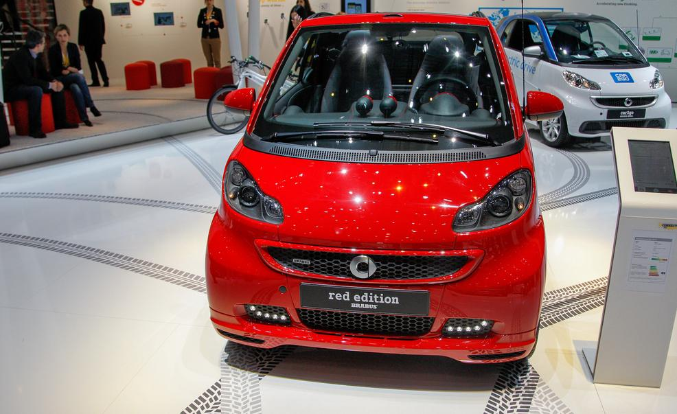 2019 Smart fortwo edition red photo - 6