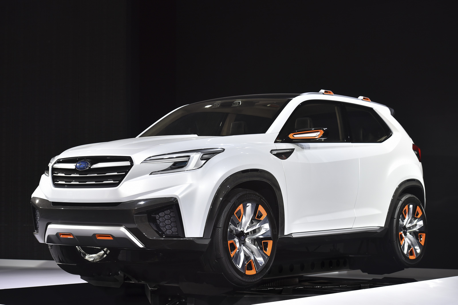 2019 Subaru Tribeca photo - 3