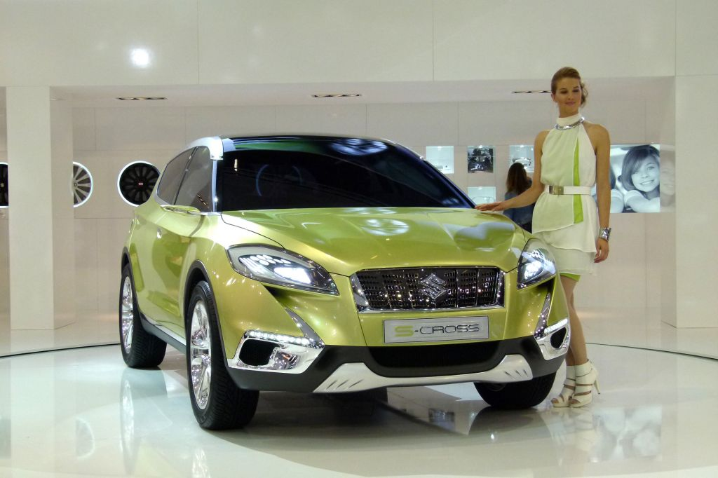 2019 Suzuki S Cross Concept photo - 4