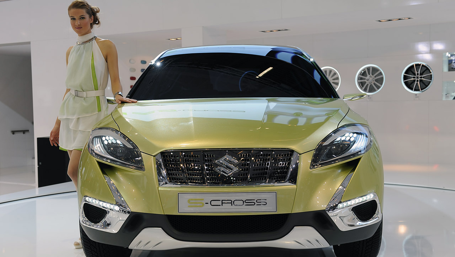 2019 Suzuki S Cross Concept photo - 6
