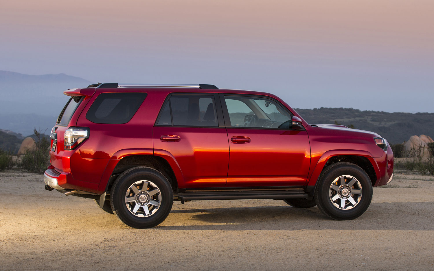 2019 Toyota 4Runner photo - 5