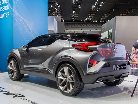 2019 Toyota C HR Concept photo - 4