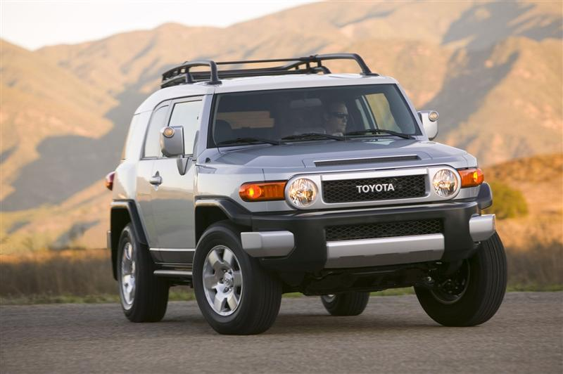 2019 Toyota FJ Cruiser Concept photo - 5