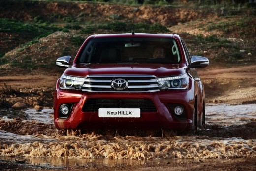 2019 Toyota Hilux photo - 2