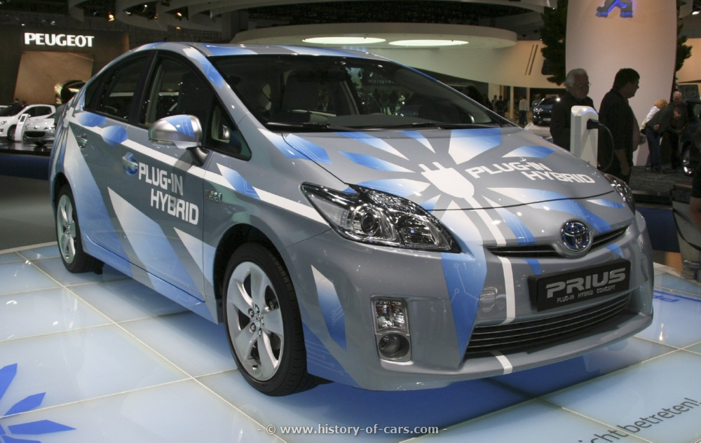 2019 Toyota Prius Plug in Hybrid Concept photo - 5