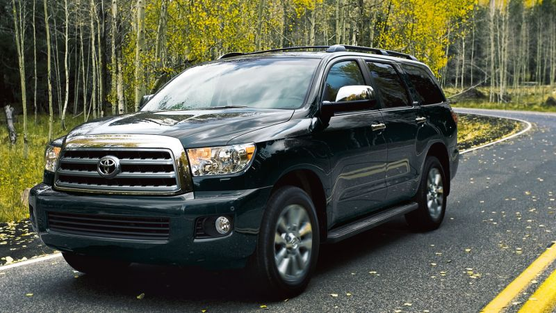 2019 Toyota Sequoia photo - 4