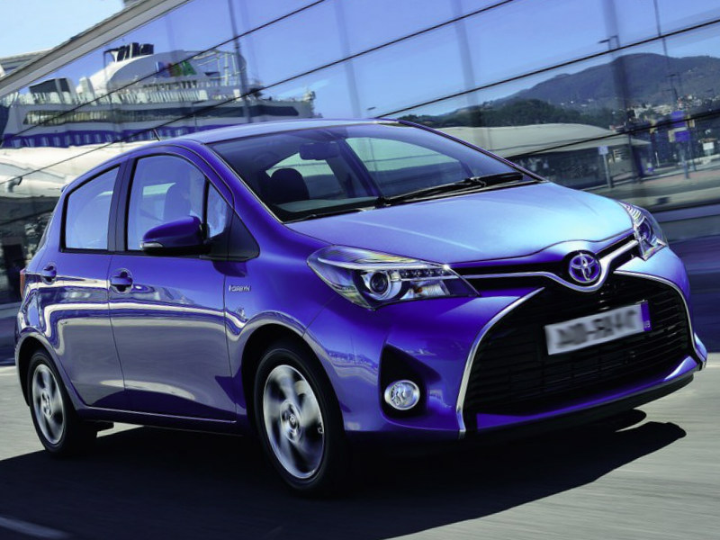 2019 Toyota Yaris photo - 2