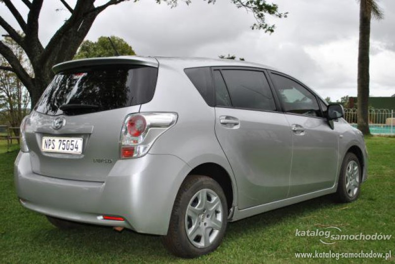 2019 Toyota Yaris Verso photo - 6