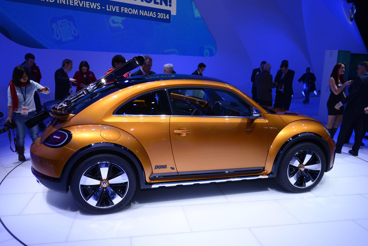 2019 Volkswagen Beetle Dune Concept photo - 5