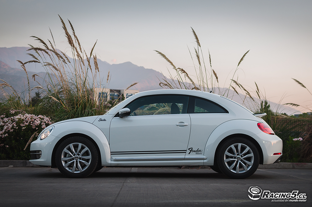 2019 Volkswagen Beetle Fender Edition photo - 1