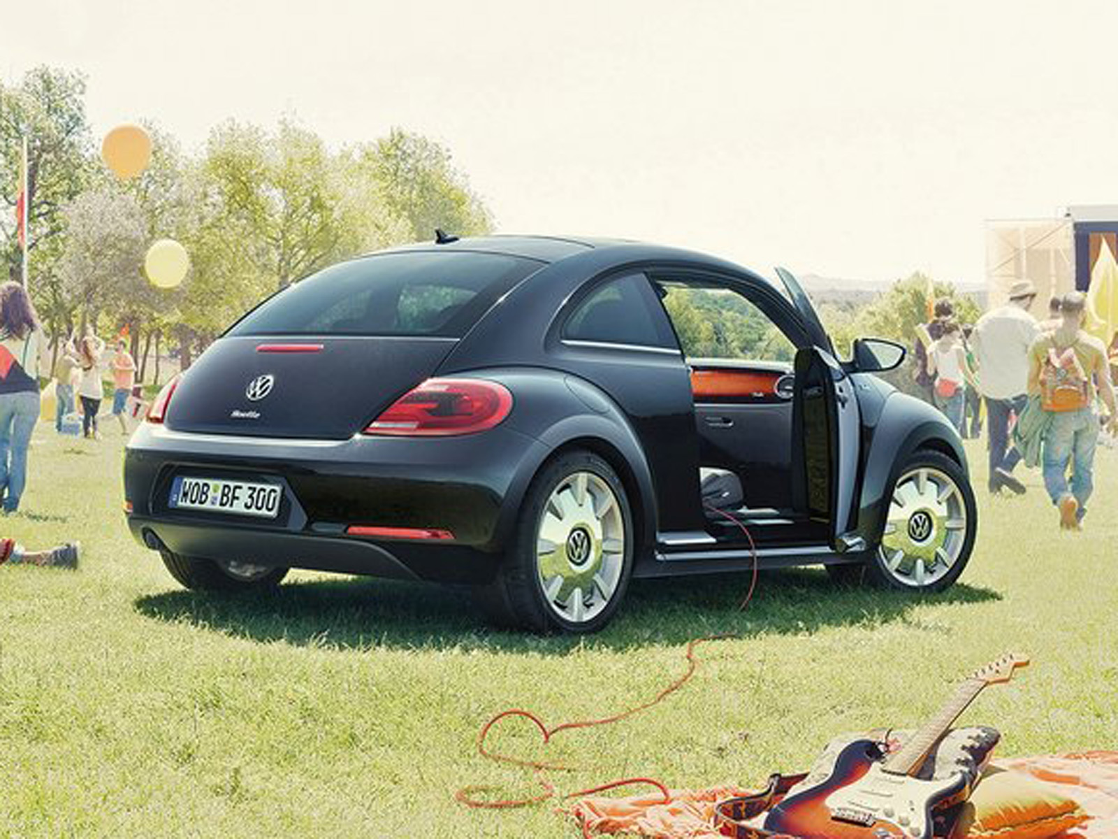 2019 Volkswagen Beetle Fender Edition photo - 6