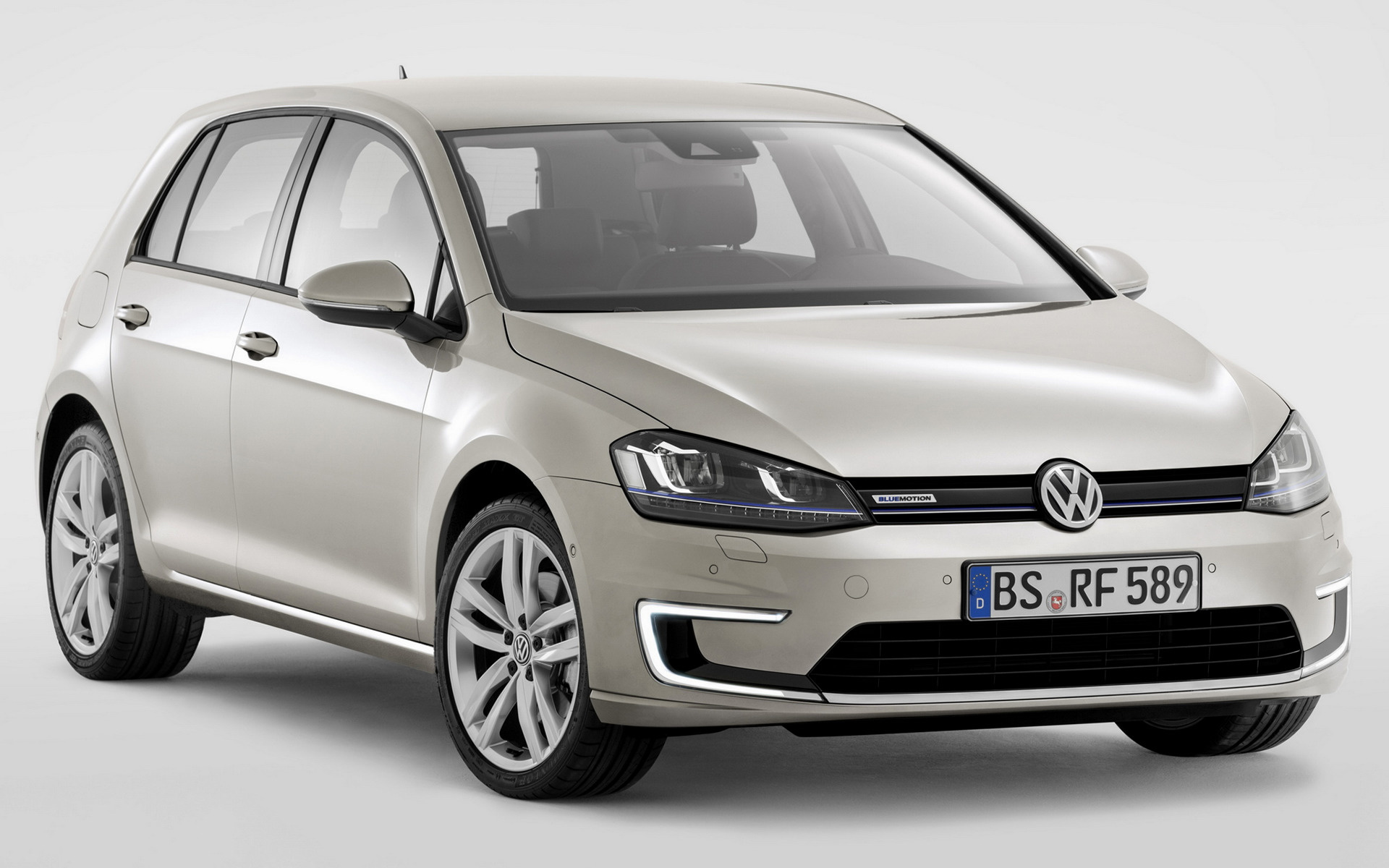 2019 Volkswagen Golf BlueMotion Concept photo - 1