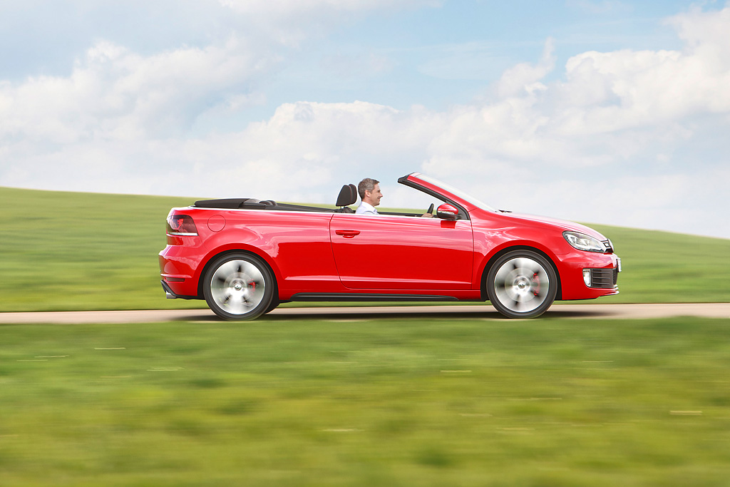 2019 Volkswagen Golf GTI Cabriolet photo - 6