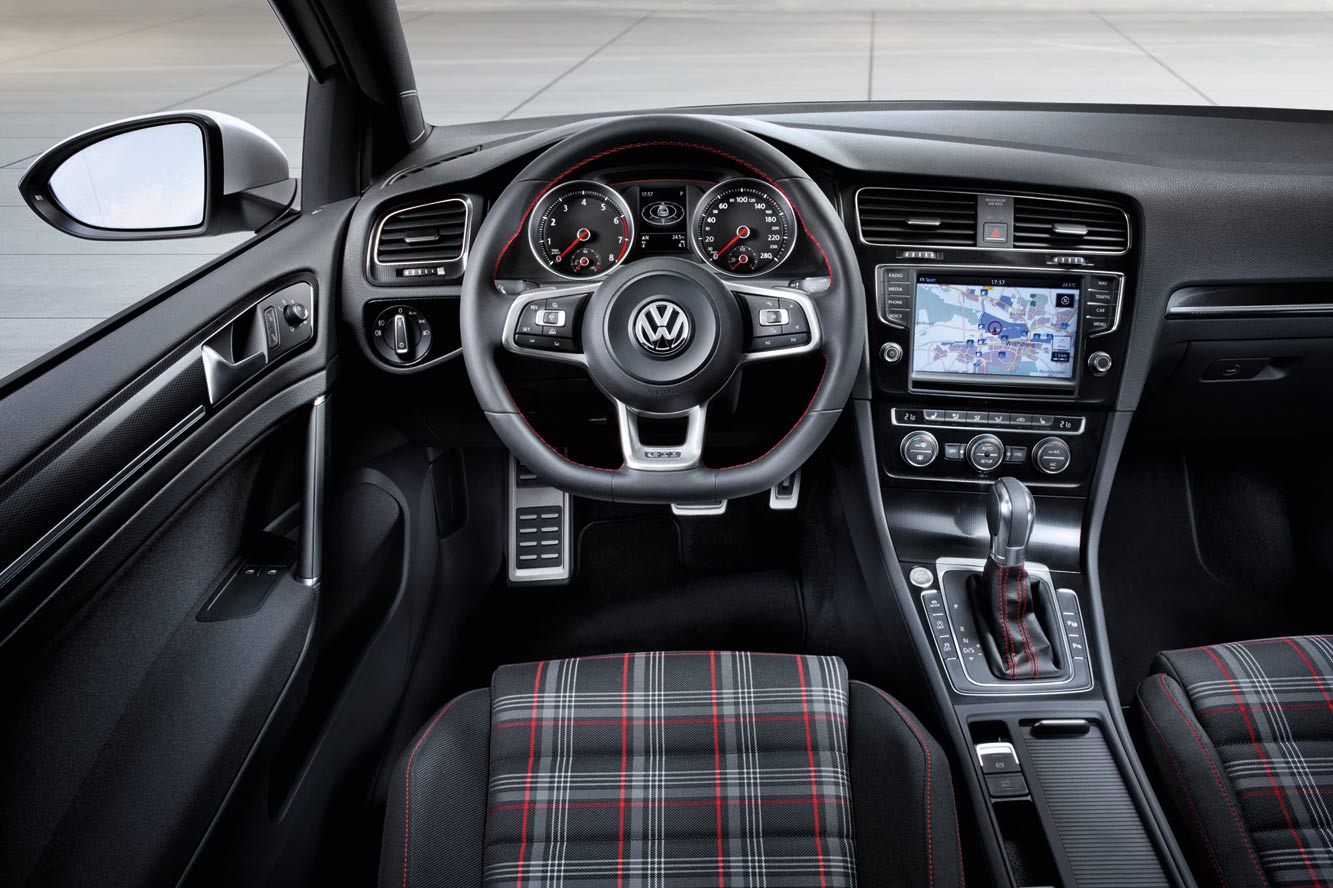 2019 Volkswagen Golf III photo - 4