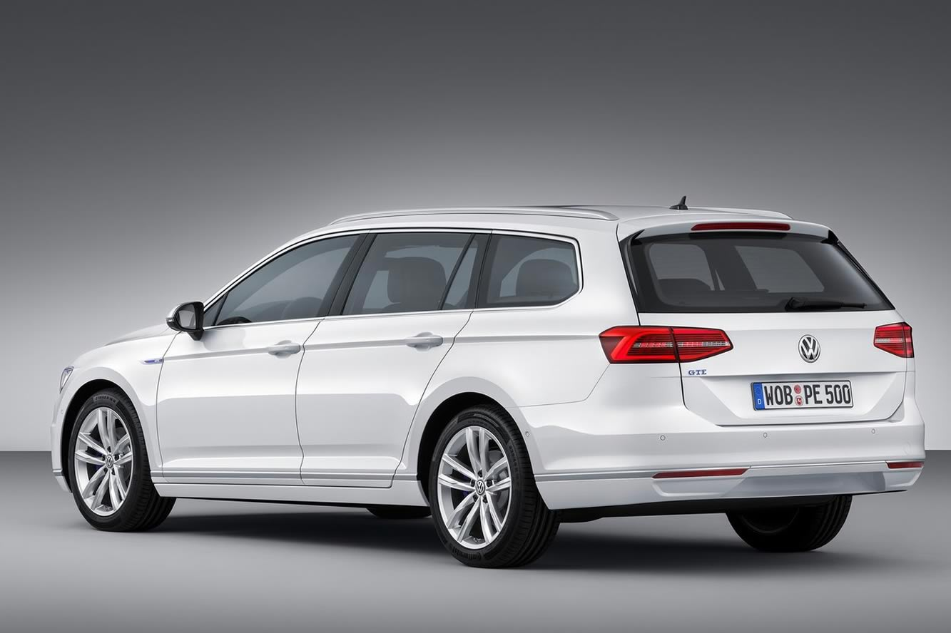 2019 Volkswagen Passat Estate photo - 6