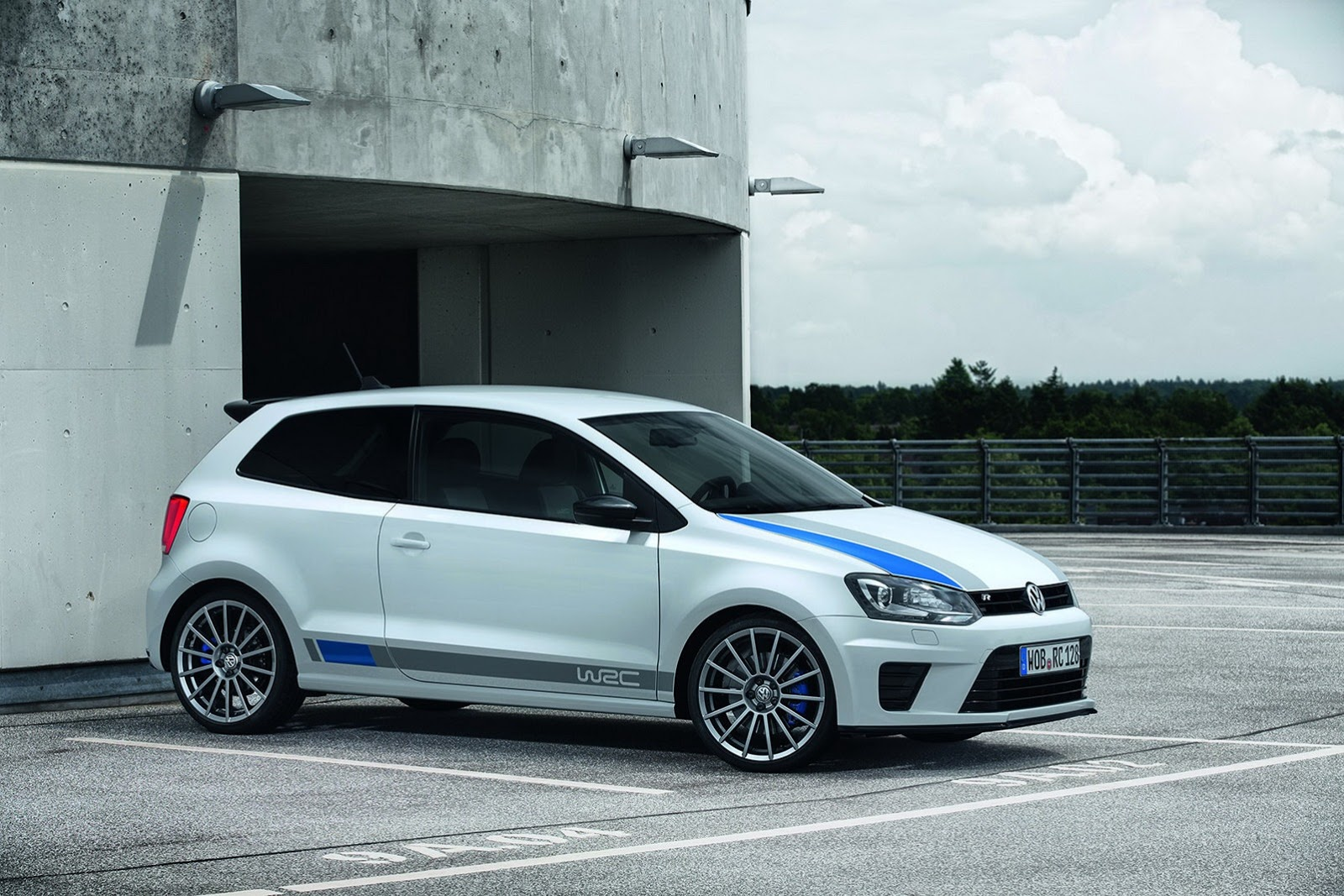 2019 Volkswagen Polo R WRC Street Concept photo - 1