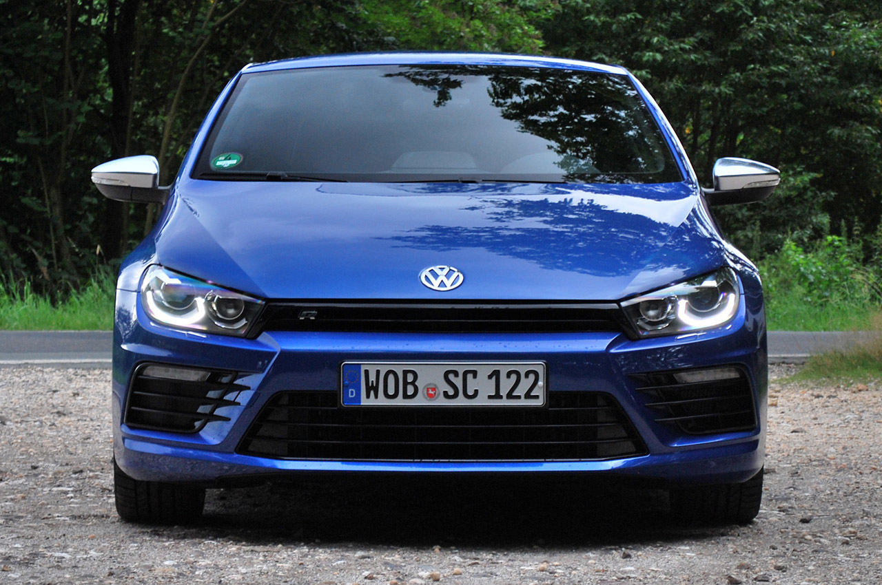 2019 Volkswagen Scirocco R photo - 5