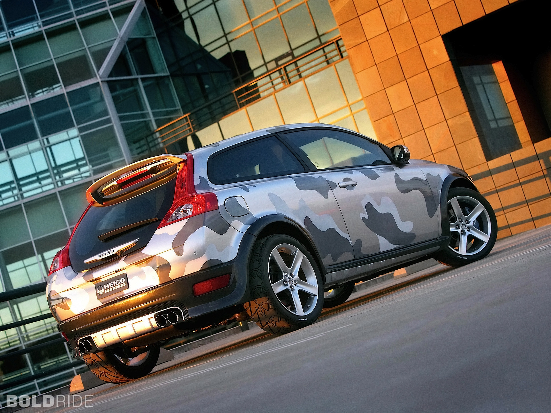 2019 Volvo C30 Heico Concept photo - 2