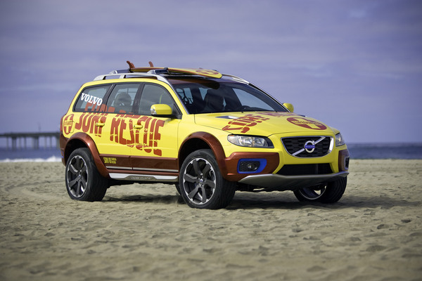 2019 Volvo XC70 Surf Rescue Concept photo - 5