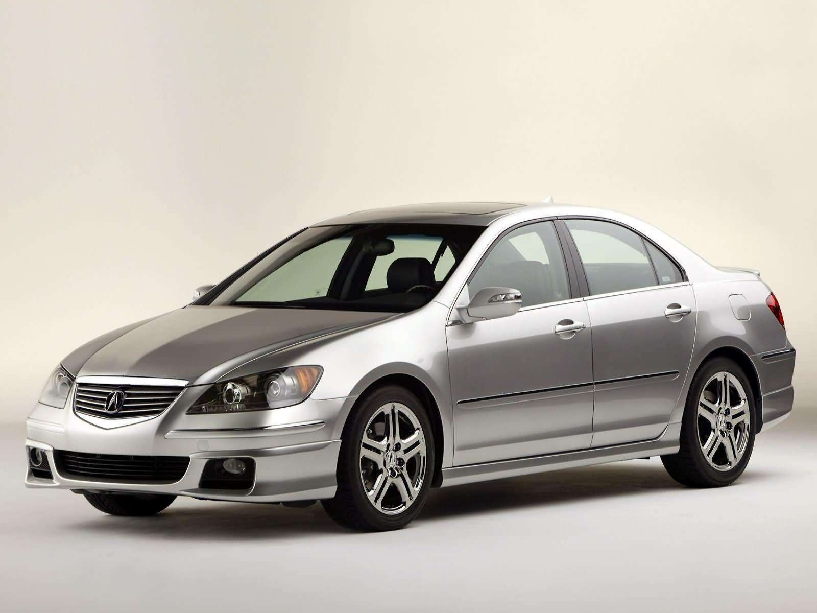 2005 Acura RL with ASPEC Performance Package photo - 1