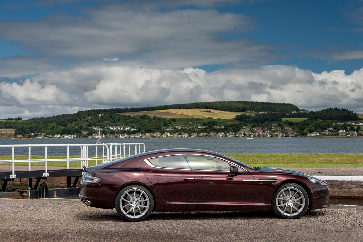 2015 Aston Martin Rapide S photo - 1
