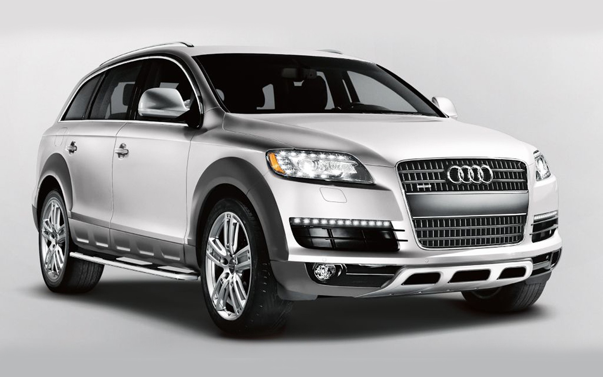 2015 Audi Q7 SUV Reviews: Photos, Video and Price - Q7 SUV - HiClassCar | Car Photos Catalog 2018
